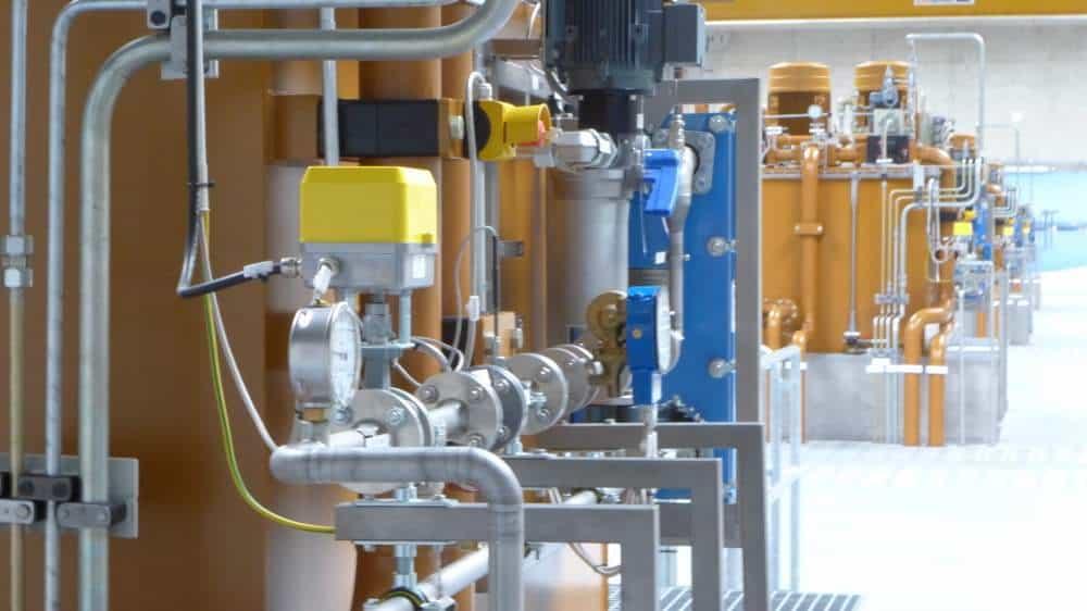 Die riesigen Hydraulikaggregate haben nur einen Zweck...