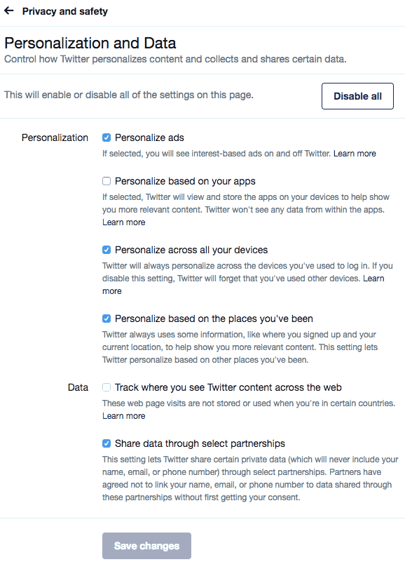 Screenshot menu personalization and data which enables deactivating of Twitter app tracking